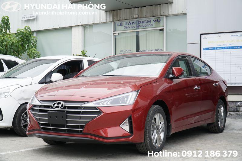 Hyundai-Elantra-2019-mau-do