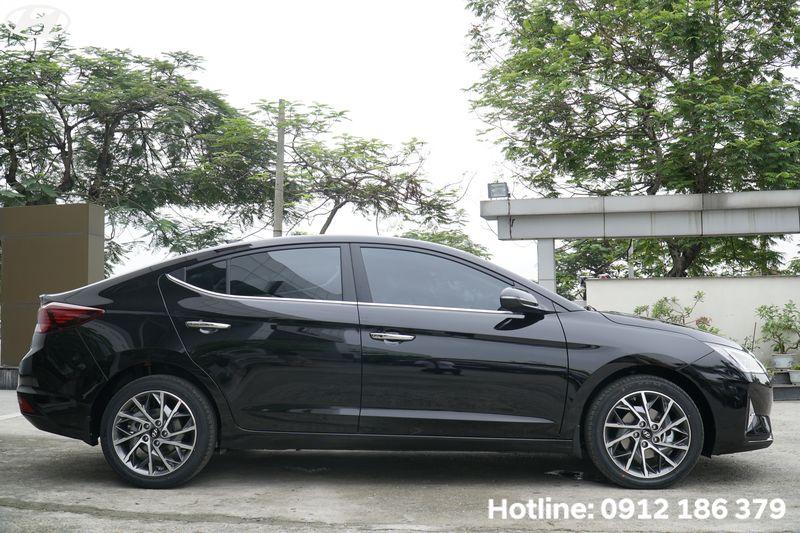Hyundai-Elantra-dai-nhat-phan-khuc