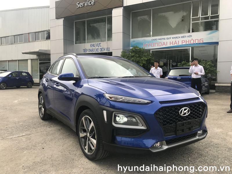 hyundai-kona-2018-2-0-at-dac-biet-xanh