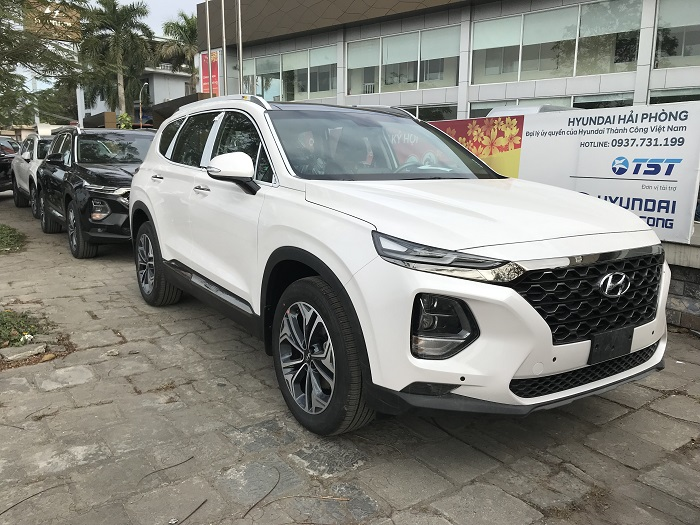 Hyundai-santafe-2019-may-dau